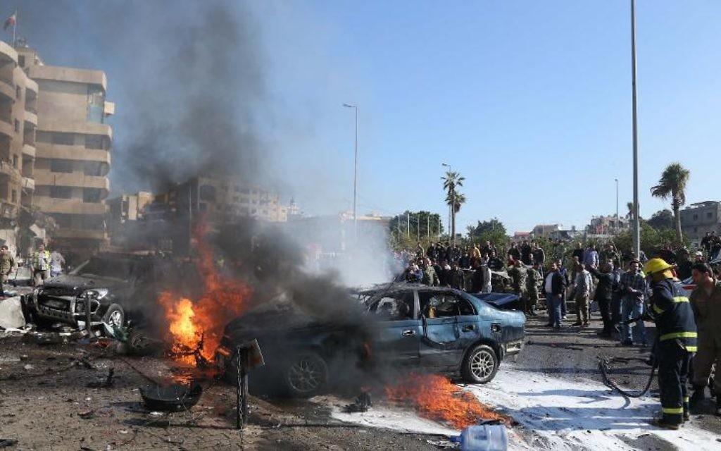 Un double attentat a frappé le sud de Beyrouth mercredi selon une source des services de sécurité, faisant trois morts et 70 blessés selon la Croix rouge dans ce fief du Hezbollah chiite engagé dans le conflit syrien au côté du régime. (Crédit : AFP)
