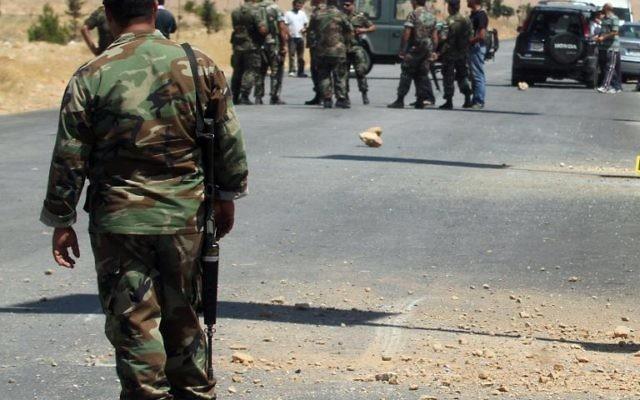 Des soldats libanais à Hermel (est du Liban), le 7 juillet 2013  (Crédit : AFP/Archives)
