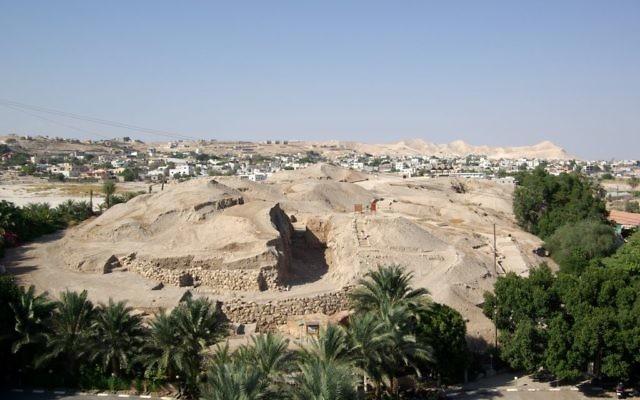 Anciennes habitation de Tell es-Sultan, à Jéricho. (Crédit : Berthold Werner/domaine publique)