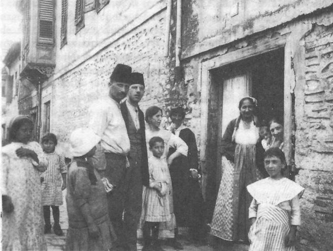 Des juifs de Thessalonique, en Grèce , en 1917 (Photo: Wikimedia commons)