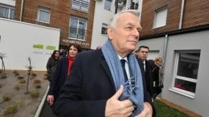 Jean-Marc Ayrault à Angers, le 12 février 2014 (Crédit : AFP/Frank Perry)