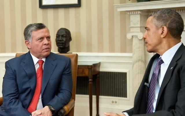 Le roi Abdallah II de Jordanie et le président américain Barack Obama, le 26 avril 2013 à la Maison Blanche, à Washington (Crédit : AFP/Archives Nicholas Kamm)