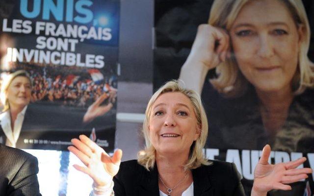 Marine Le Pen, présidente du Front National, le 10 février 2014 à Sable-sur-Sarthe (Crédit : AFP/Jean-Francois Monier)