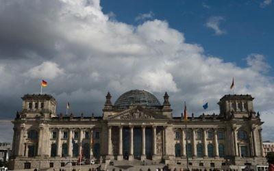 """Ébranlée par la révélation de la découverte d'un """"trésor nazi"""", l'Allemagne souhaite se doter d'une loi facilitant la restitution d'œuvres d'art volées sous le IIIème Reich pour que justice soit rendue, presque 70 ans après la fin de la guerre.  (Crédit : AFP/Archives John Macdougall)"""