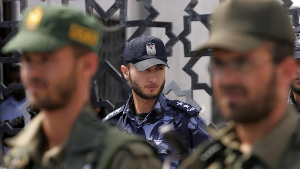 Un policier du Hamas à la frontière de Rafah (Crédit : Abed Rahim Khatib/Flash 90)