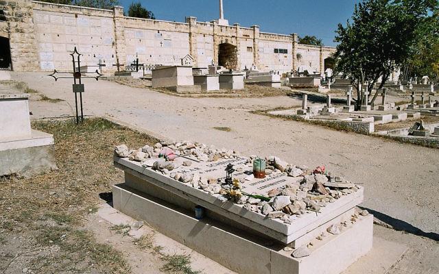 La tombe d'Oskar Schindler, Jérusalem, 2010 (Crédit : CC BY Michael Panse/Flickr)