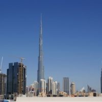La tour la plus haute du monde, le Burj Khalifa, s'élève à 828 mètres. Elle sera bientôt dépassée par la Kingdom Tower (Crédit : CC BY Nepenthes/Wikimedia Commons)