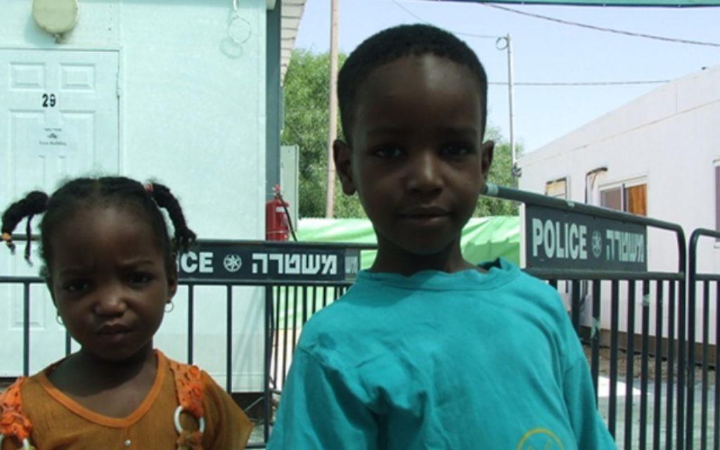 Les connaissances d'IsraAID ont pu aider à conseiller le ministère Israélien des Affaires étrangères sur la situation des réfugiés au Darfour, 2007-8 (Crédit : autorisation d'IsraAID)