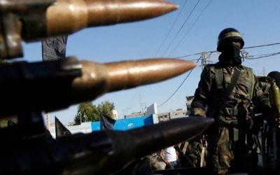 Des combattants du Jihad islamique au camp de Rafah, dans le sud de la bande de Gaza (Crédit : Abed Rahim Khatib/Flash 90)