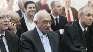 Le directeur général De Hadassah, Avigdor Kaplan, à la Cour de District de Jérusalem, le 10 février 2014 (Crédit : Flash90)