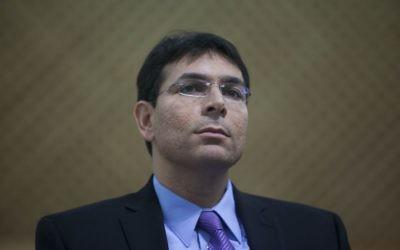 Danny Danon, à la Cour Suprême de Jérusalem, le 24 février 2014 (Crédit : Yonatan Sindel/Flash90)