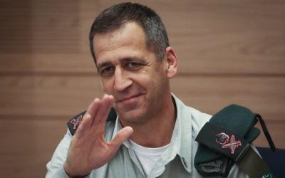 Le directeur des Renseignements militaires, le général Aviv Kochavi, lors d'une réunion du Comité des Affaires étrangères et de la sécurité, le 25 février 2014 (Crédit : Hadas Parush/Flash 90)