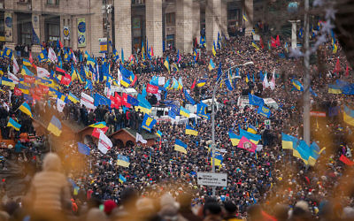 Maidan à Kiev (Crédit : Nwssa Gnatoush/Flickr/CC BY 2.0/Wikimedia commons)