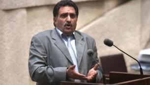 L'ancien député arabe israélien Azmi Bishara (Crédit : Flash 90)