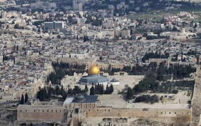 Le mont du Temple (Crédit : Nati Shohat/Flash 90)