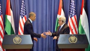 Mahmoud Abbas et Barack Obama à une conférence de presse à Ramallah en mars 2013 (Crédit : Issam Rimawi/Flash90)