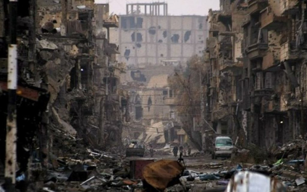 Une rue de Syrie ravagée par la guerre, en 2014. (Crédit : AFP)