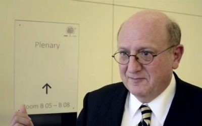 Ira Forma, l'envoyé spécial du Département d'Etat américain (Crédit : capture d'écran Youtube/USOSCE)
