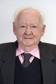 Asher Aud, âgé de 84 ans, affirme que ressembler à un goy lui a sans doute sauvé la vie (Crédit : autorisation Yad Vashem)