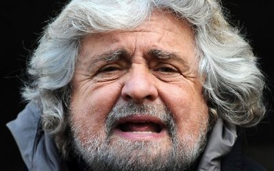Beppe Grillo, chef du mouvement italien eurosceptique Cinq étoiles. (Crédit : Niccolo Caranti/Wikipedia)