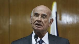 Le ministre des Sciences et des technologies Yaakov Peri, un ancien chef du Shin Beth (Crédit : Yonatan Sindel/Flash 90)