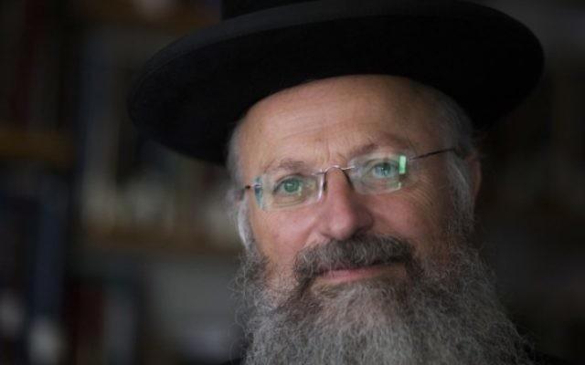 Le rabbin Shmuel Eliyahu en 2013 (Crédit : Flash90/Yonatan Sindel)