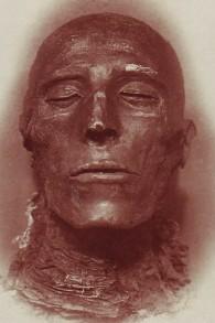 La momie du Pharaon Seti Ier (Crédit : CC BY Emil_Brugsch/Wikimedia Commons)