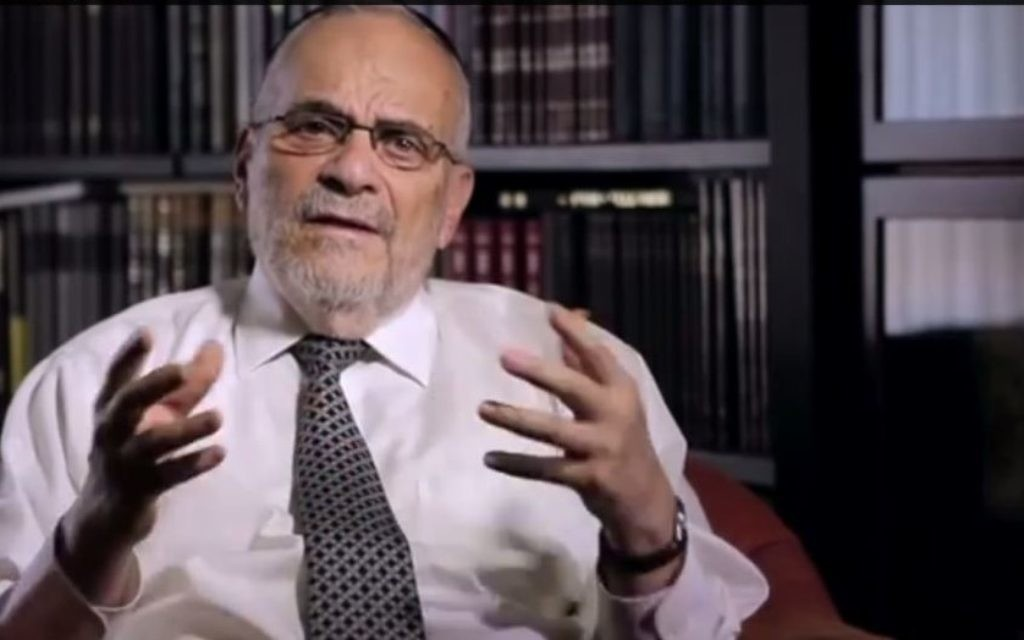 Le rabbin Berel Wein (Crédit : capture d'écran YouTube)