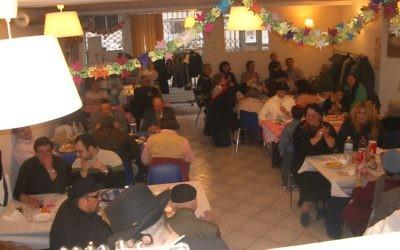 Vue intérieure sur le restaurant Choulkhan Lev (Crédit :Bernard Musicant)