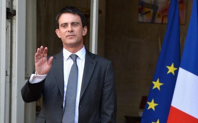 Manuel Valls lors de son entrée en fonction à Matignon, le 1er avril 2014 (Crédit : Pascal Le Segretain/Getty Image/JTA)
