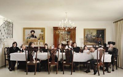 La famille Weinfeld, Snir Stream Laguna 2010, par Frederic Brenner (Crédit : Frederic Brenner/autorisation Howard Greenberg Gallery)