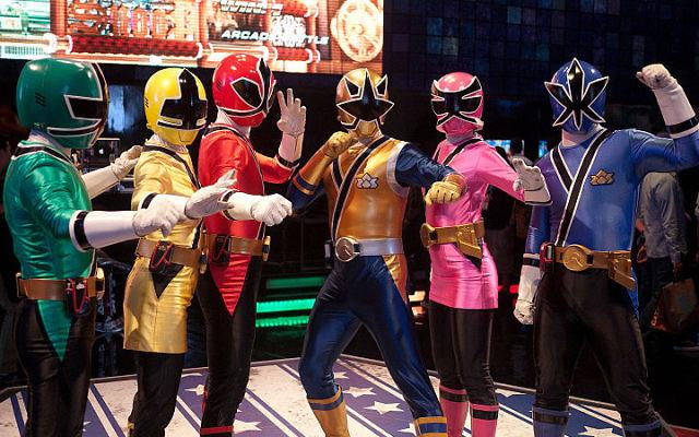 Les Power Rangers (Crédit : Ze_bear/Wikimedia)