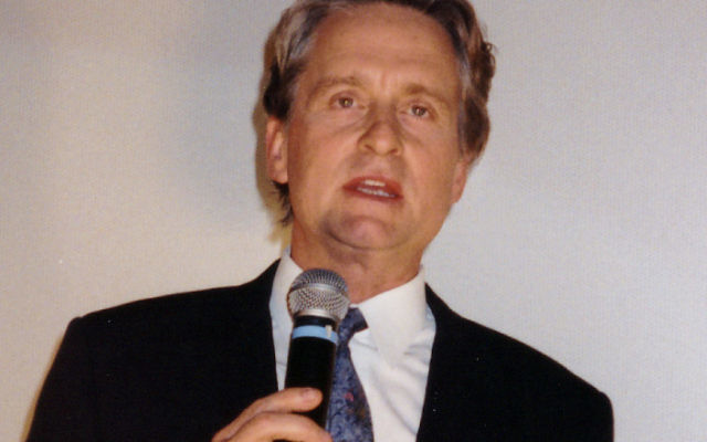Michael Douglas (Crédit : Gerhard Heeke/Wikimedia commons/CC-BY-SA-2.0)
