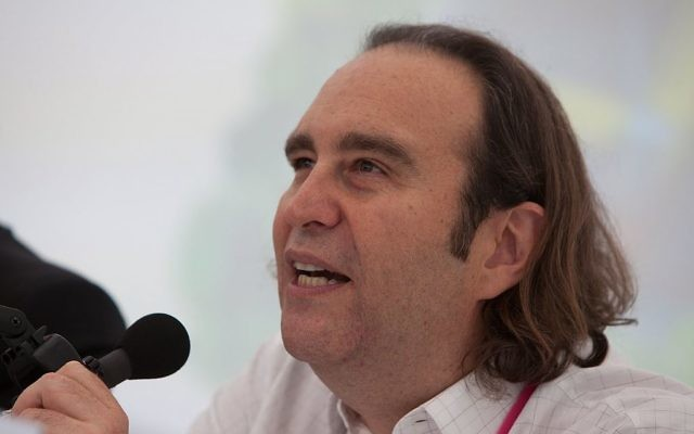 Xavier Niel à l'université d'été du Medef, 2009 (Crédit : Olivier Ezratty/CC BY-SA 3.0/Wikimedia commons)