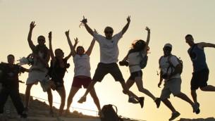 Des participants au programme Taglit à l'été 2012 (Crédit : Taglit via JTA)