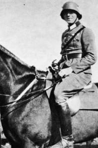 Claus Schenk von Stauffenberg (Crédit : Wikimedia commons CC BY SA 3.0)