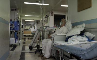 Un patient dans un hôpital (Crédit : Flash 90)
