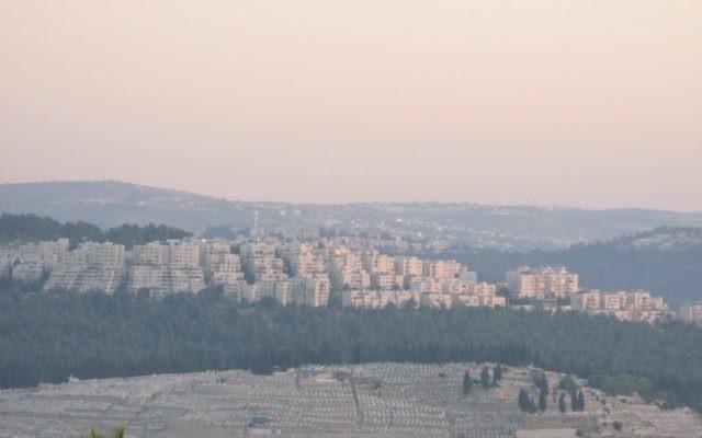 Vue sur Har Nof à Jérusalem (Crédit : Nati Shohat/Flash 90)