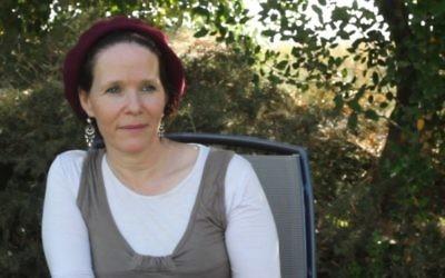 Rachel Fraenkel lors d'une interview accordée au Times of Israel (Crédit : Ricky Ben-David/Times of Israel)