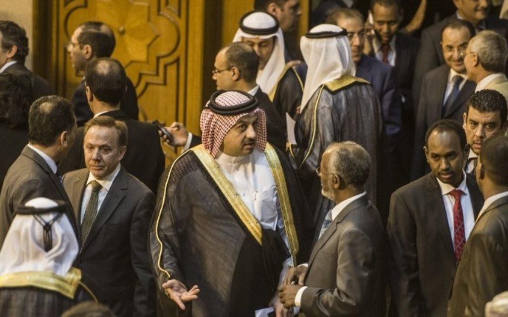 Des ministres des Affaires étrangères arabes lors d'une réunion d'urgence de la Ligue arabe au Caire sur le conflit à Gaza -15 Juillet, 2014 (Crédit photo: Khaled Desouki / AFP)