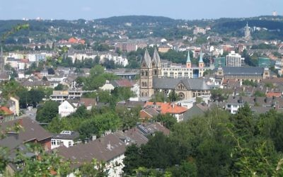 Vue sur Wuppertal, Allemagne (Crédit : JensD/CC BY SA 3.0/Wikimedia commons)