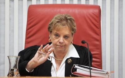 L'ancienne Juge à la Cour Suprême Dorit Beinisch (Credit : Miriam Alster/Flash90)