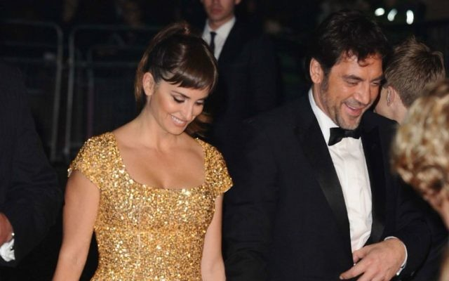 http://www.shutterstock.com/pic-118606645/stock-photo-penelope-cruz-and-javier-bardem-arriving-for-the-skyfall-world-premiere-after-party-at-the-tate.html?src=c3I/YFS62fQzbpzbMOxsXg-1-0