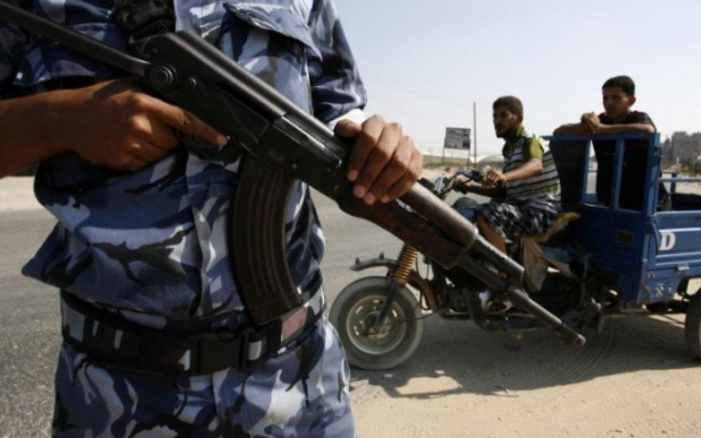 Des hommes armés du Hamas (Crédit : Flash 90)