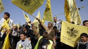 Des Palestiniens prennent part à un rassemblement marquant le 48e anniversaire de la fondation du Fatah dans la bande de Gaza, 4 janvier 2013  [Crédit photo : Abed Rahim Khatib / Flash90)