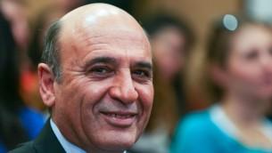 Shaul Mofaz lors d'une conférence de presse en janvier 2013 (Crédit : Flash90)