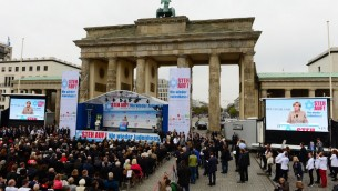 Rassemblement à Berlin contre l'antisémitisme - 14 septembre 2014 (Crédit : AFP PHOTO / JOHN MACDOUGALL)