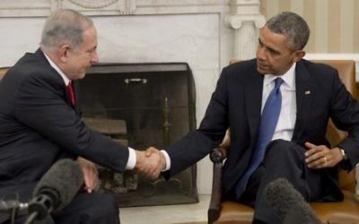 Poignée de main entre Barack Obama et Benjamin Netanyahu lors d'une rencontre à la Maison Blanche, le 3 mars 2014. (Crédit photo: Saul Loeb/AFP)