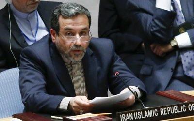 Le ministre adjoint des Affaires étrangères de l'Iran, Seyed Abbas Araghchi, devant le Conseil de sécurité des Nations unies lors d'une réunion sur la situation concernant l'Irak le 19 septembre 2014, au siège de l'ONU à New York. (Crédit : Eduardo Munoz Alvarez / Getty Images / AFP)