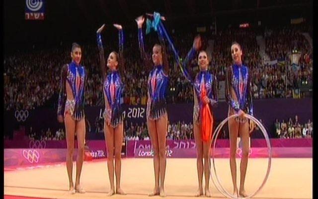 L'équipe de gymnastes israéliens en 2012 (Crédit : channel 1)